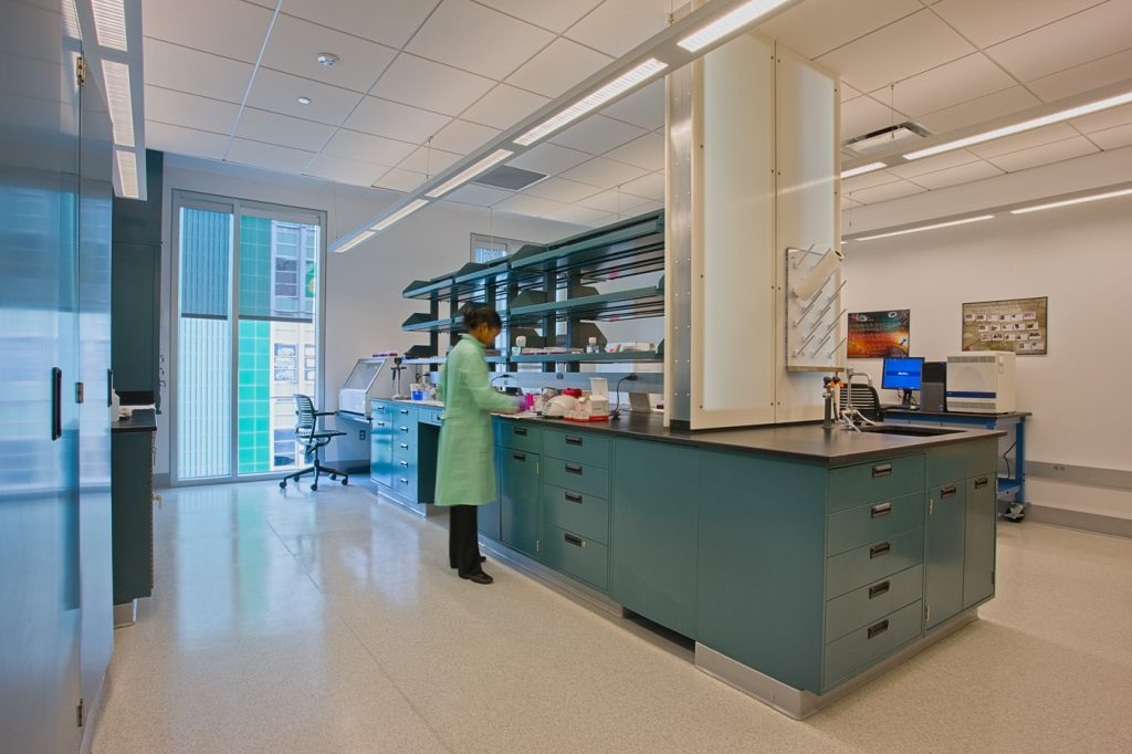 Lab space for lease includes small attached administrative space
